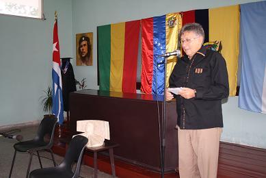 20131218143312-img-embajador-de-bolivia.jpg